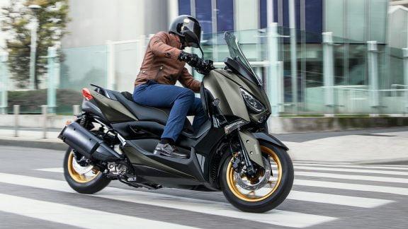 XMAX 300 Tech MAX / Yamaha / Sport Scooters / Speed Motorcenter