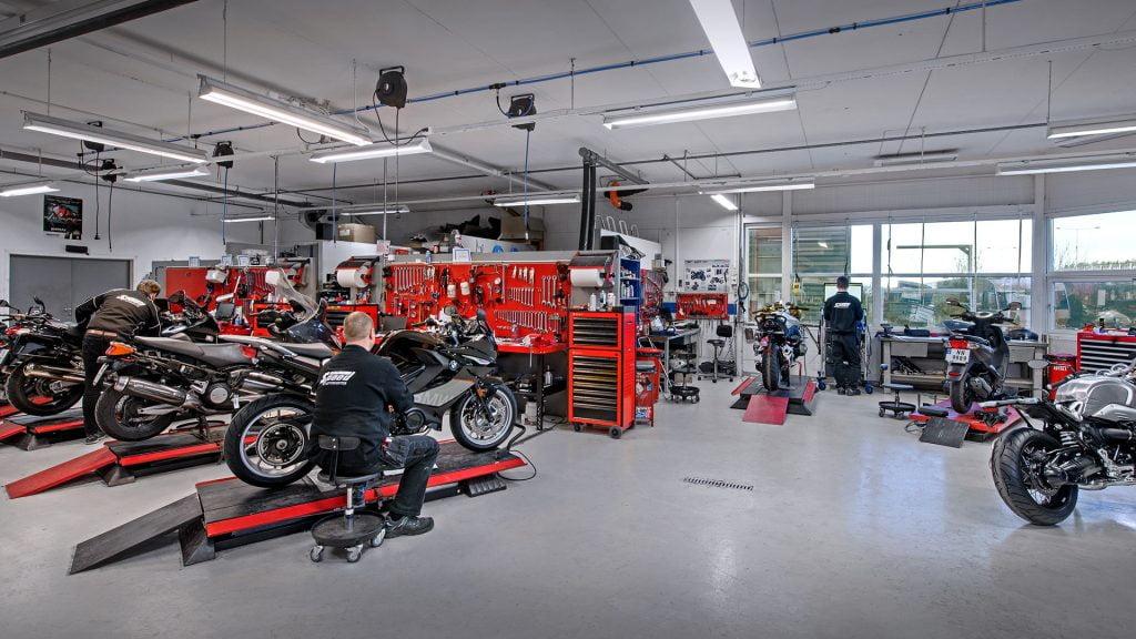 Verksted & Service / Merkeverksted for Yamaha og BMW / Speed Motorcenter