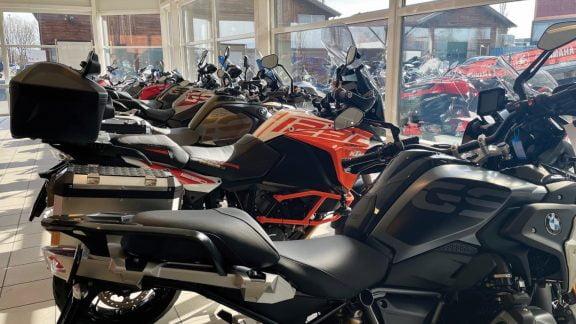 Vi selger motorsykkelen for deg!: Speed Motorcenter i Sandefjord